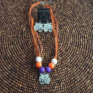 Clemson Tiger necklace and earring set